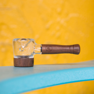 Marley Natural – Glass & Walnut Spoon Pipe