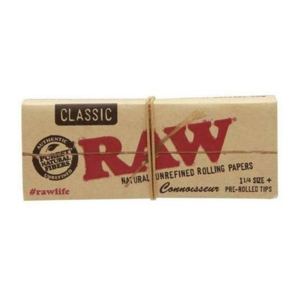 RAW Connoisseur 1 ¼ Classic Rolling Papers with Pre-rolled Tips